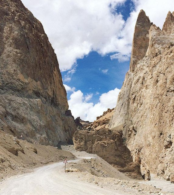 Most picturesque road we ever seen - Leh-Manali highway in… | Flickr