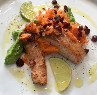 #olioflaminio #olio #flaminio #trevi #umbria #italy #recipe #extravirgin Salmone con mirtilli e purea di piselli (Alatina)