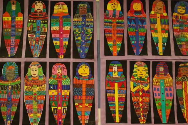 Mummy Cases- Egyptian 6th by painted paper, via Flickr