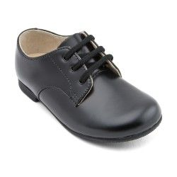 Boys School Shoes: Black Leather Boys Lace-up Classic Shoes http://www.startriteshoes.com/boys-shoes/school-shoes