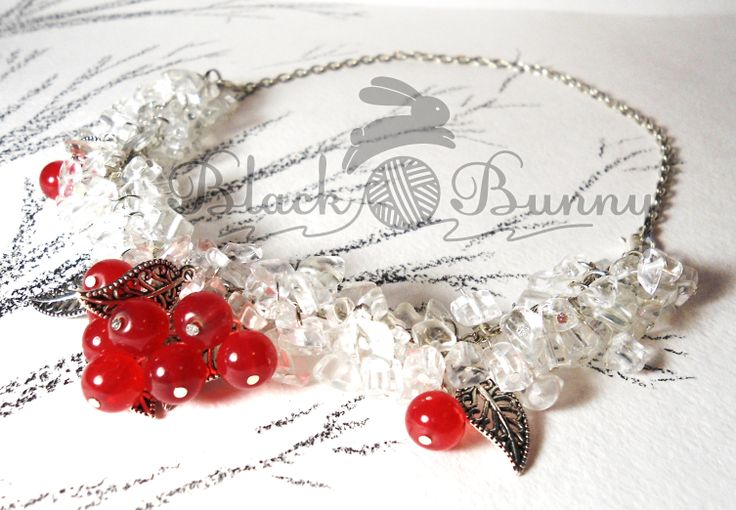 """Ожерелье """"Ледяная рябина"""" Украшения ручной работы, украшения из горного хрусталя, рябина, лёд, ягоды, красные ягоды, красный"""