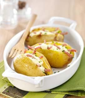 Recette Pommes de terre au four à la Crème de Camembert (difficulté Très facile) . Découvrez comment préparer votre Plat principal sur EnvieDeBienManger.fr