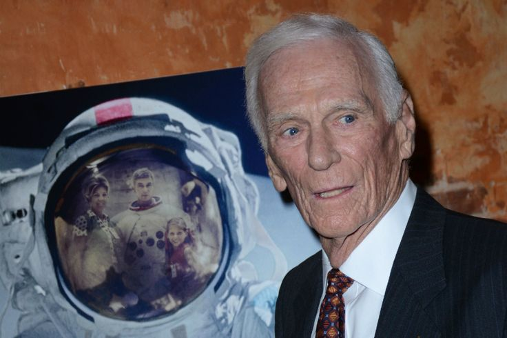 'Last Man on the Moon,' Astronaut Eugene Cernan, Passes Away