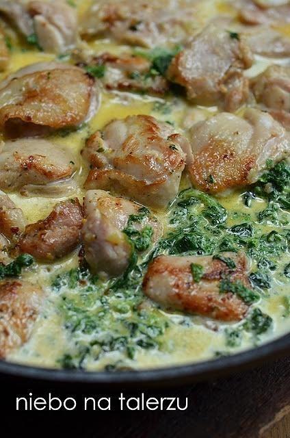 Kurczak w sosie szpinakowo-serowym. Szybki kurczak ze szpinakiem.