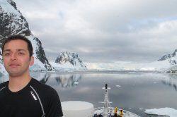 Guest post on: http://gonomad.com/component/content/article/37-tours/5557-antarctica-a-sensory-overload