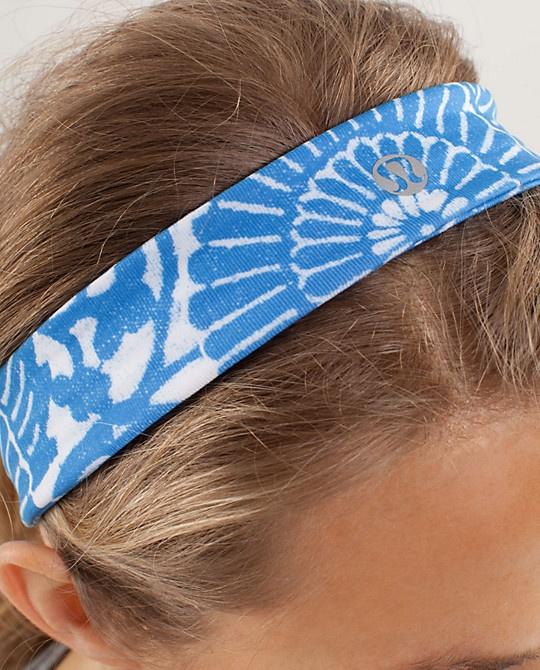 $12 LOVE lululemon headbands. I want this headband so bad!!!