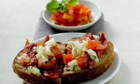 Bruschetta with blackcurrant jelly