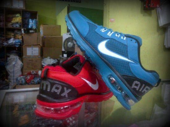 """Format Pemesanan:      """"nama_kode_ukuran_alamat pengiriman"""". Contoh: (Ahmad Basuki_Sepatu Lari Nike Air Max 1F (Biru)_40_Jl.Asem Gede no.29 Kragilan 04/07 Condong Catur Depok Sleman Yogyakarta 55283). kirim sms ke 085643625655  Informasi Dan Pemesanan  No.HP: IM3: 085-643-625655 (WhatsApp, WeChat, Line, & KakaoTalk)  Simpati: 082-133-291223  YM & Email: cetupat_collection@yahoo.com (online 24 jam)  Pin BB: 328FA5D8 & 7563209A"""