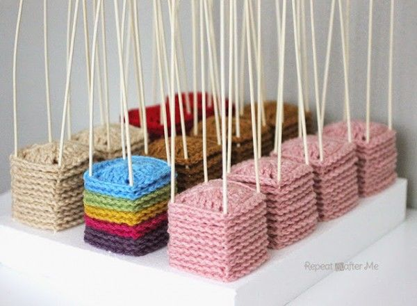 How to make a #crochet squares blocking (docking) station via @repeatcrafterme