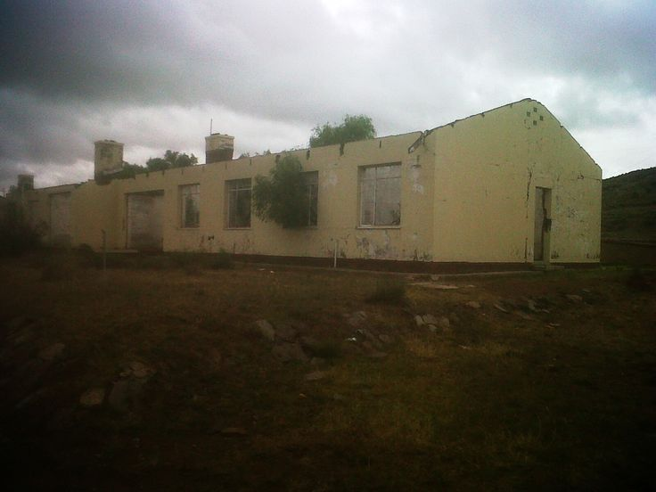 Abandoned Nurse Quarters Steynsburg Hospital Steynsburg South Africa [OC][1600x1200] (More in comment)