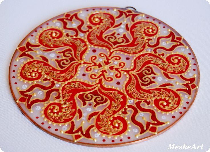 Szeretet, szerelem mandala, 15 cm-es rézkeretes üveglapra / Love mandala, painted on a 15 cm round glass