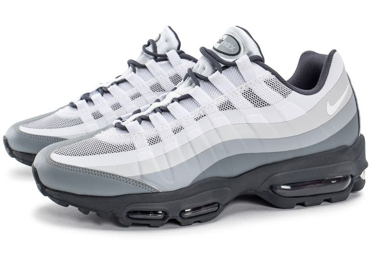 Chaussures Nike Air Max 95 Ultra Essential blanche et grise vue extérieure
