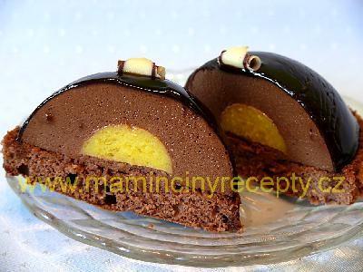 Čokopěna s mangovou náplní