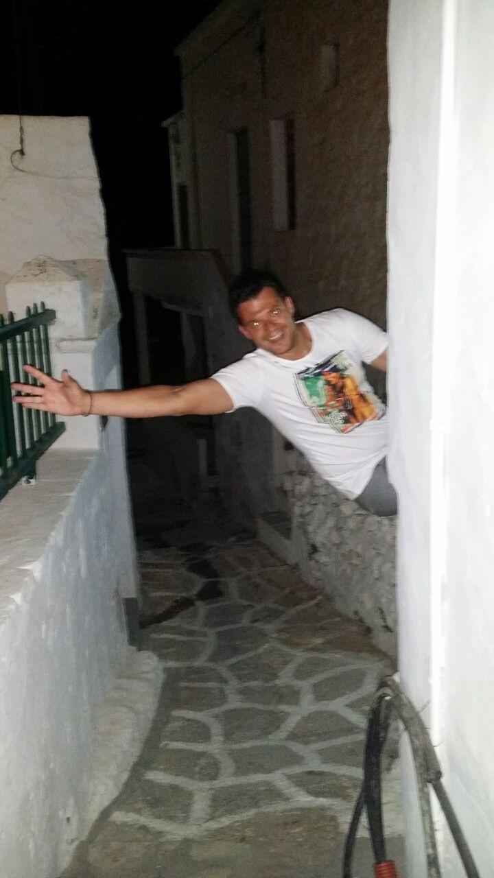 Only love in Kimolos, Greece :)