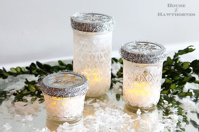 Quick+And+Easy+Christmas+Luminarias+From+Mason+Jars