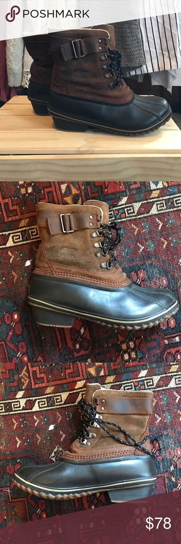 Sorel duck boots Duck boots by sorel. In great condition and clean. Inside is lined Sorel Shoes Combat & Moto Boots