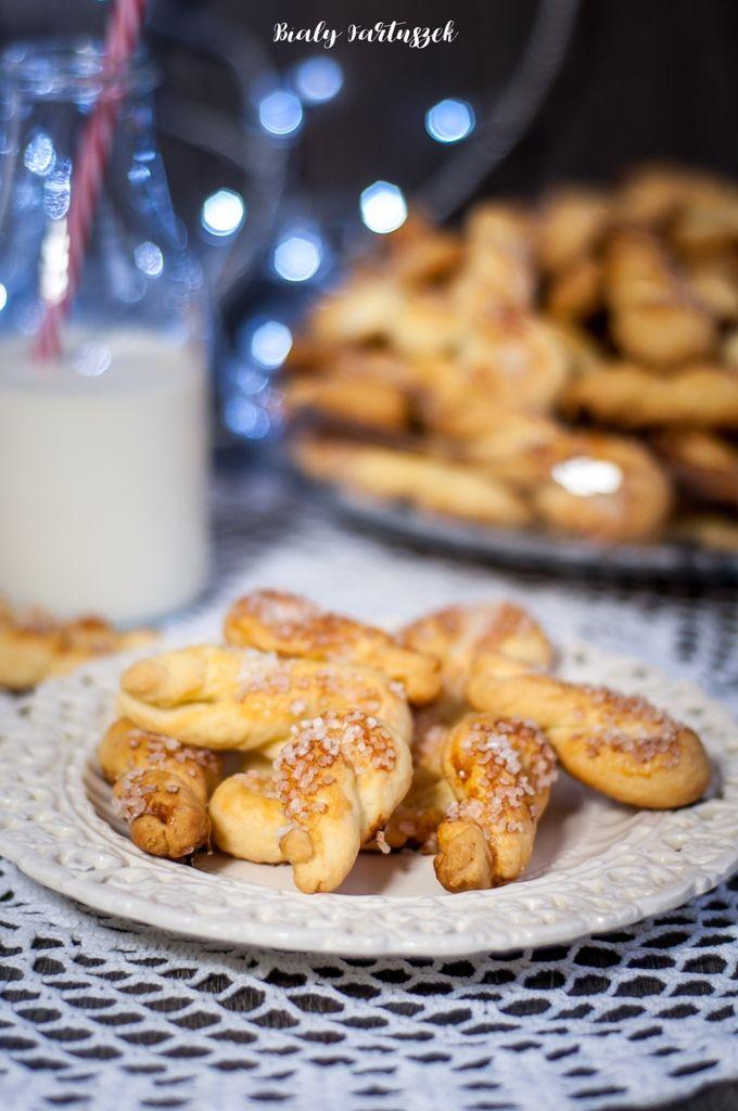 Biały fartuszek: Kruche ciasteczka ślimaczki