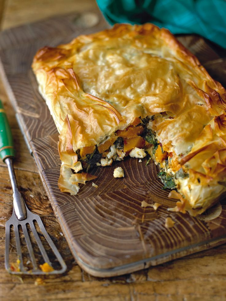 This spinach and squash pie is a fabulous vegetarian dish and would also work well made as individual parcels as a starter (see tip).