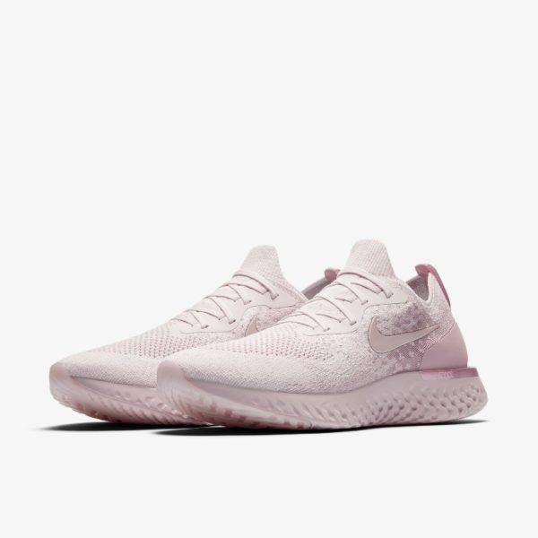 Release des Nike Epic React Flyknit Pink ist am 19.04.2018. Bei 99Kicks.