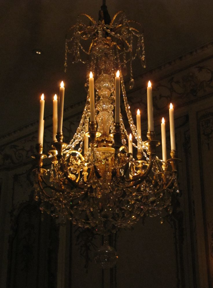 FRENCH CHANDELIER- 15-Light Gilt Bronze hanging in the Lady's French State  Bedroom at - 138 Best Antique Lighting Devices Images On Pinterest Antique