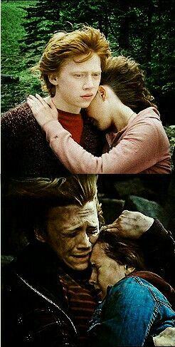 Ron Weasley (Rupert Grint) y Hermione Granger (Emma Watson)