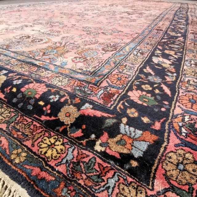 15199 Sarouk Mehraban Oversized Antique Rug 21 X 13 Ft 645 X 390 Cm Pink Rose Blue Green Antique Rugs Small Rugs Rugs