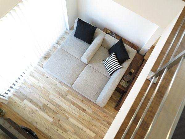 自由な発想でリビングで寛ごうソファの置き方リビングテーブルの置き方を提案します