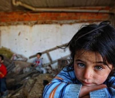 Blue eyes filled with with the tension of all the seven seas...please pray for the children of Syria
