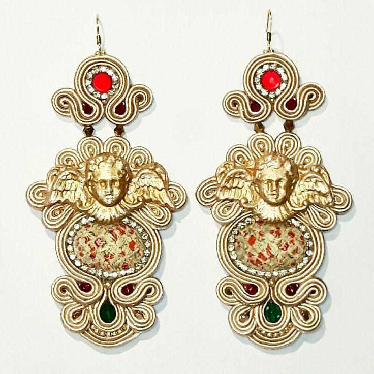Angel Stories earrings  Arona Haryo by E.M.M.