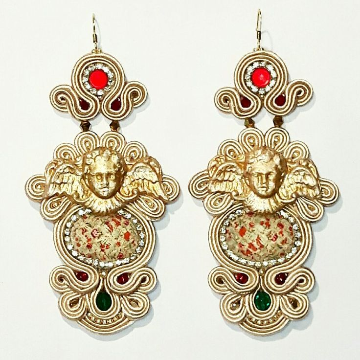Angel Stories earrings  Arona Haryo by E.M.M.