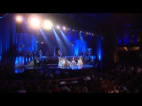 """The Parting Glass"" - Celtic Woman. Chloe Agnew, Lisa Lambe, Lisa Kelly & Maireid Nesbitt (violin)."