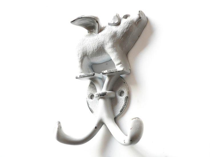 Beschläge - Garderobenhaken Wandhaken fliegendes Schwein weiß - ein Designerstück von MareLigneum bei DaWanda