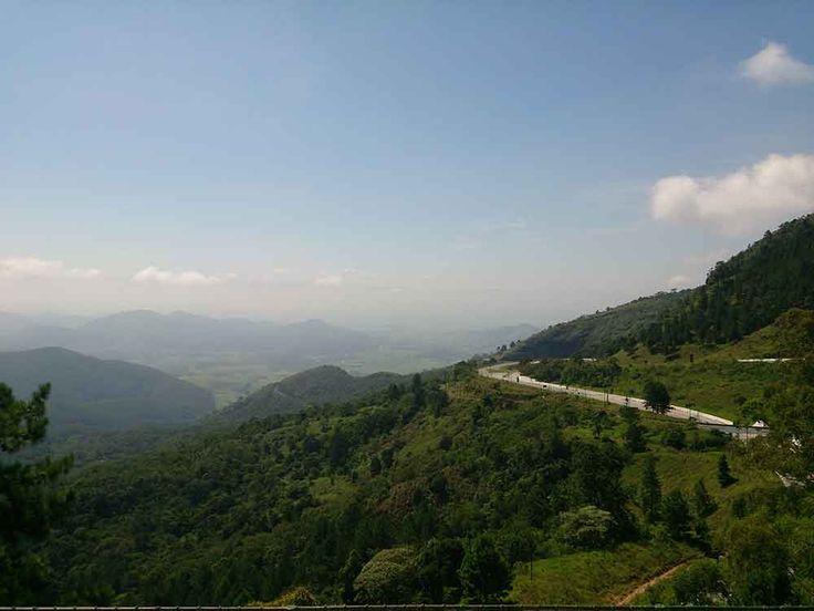 Santo Antonio do Pinhal - Vista do Vale do Paraíba, este lugar tem paisagens incríveis, vem dar uma olhada.