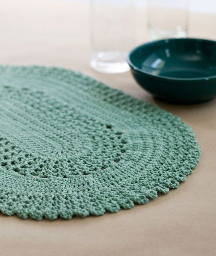 Table Lace Placemat Free Crochet Pattern from Red Heart Yarns