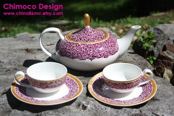 Hand-painted and drawn ceramic and glass pieces by Sydney-based Chimoco Design. www.china86mc.etsy.com