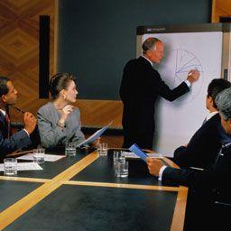 Регистрация предпринимательской деятельности в форме ООО дает еще больше возможностей для бизнеса, придает фирме респектабельность.