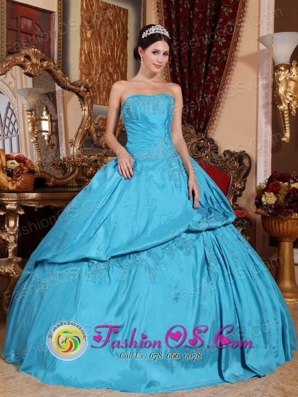 http://www.fashionor.com/The-Most-Popular-Quinceanera-Dresses-c-37.html  Classical Puffy grand new 15 dresses   Classical Puffy grand new 15 dresses   Classical Puffy grand new 15 dresses