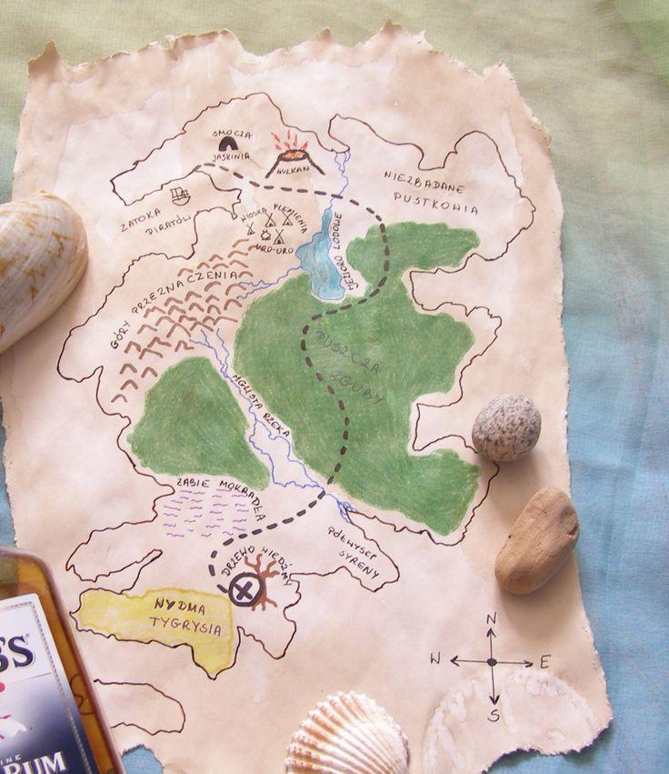 Przygotowanie mapy skarbów to bardzo łatwe zadanie i jednocześnie świetna zabawa rozwijająca wyobraźnię dziecka. Wystarczy kartka papieru, odrobina kawy i przybory do malowania i pisania. Zapoznaj się z prostą instrukcją.