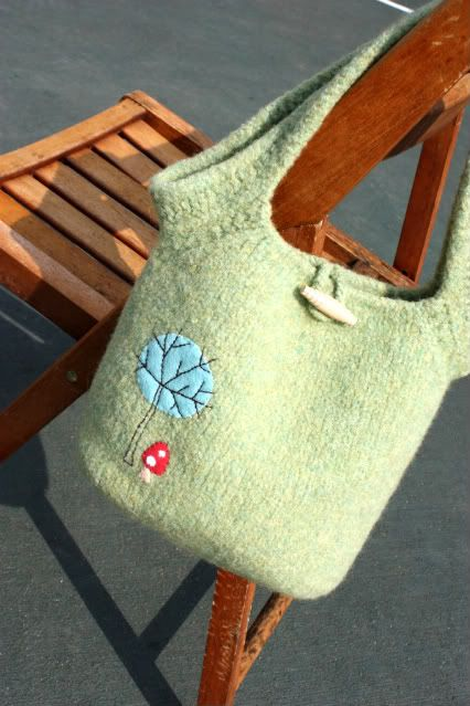 felted wool sweater = awesome bag