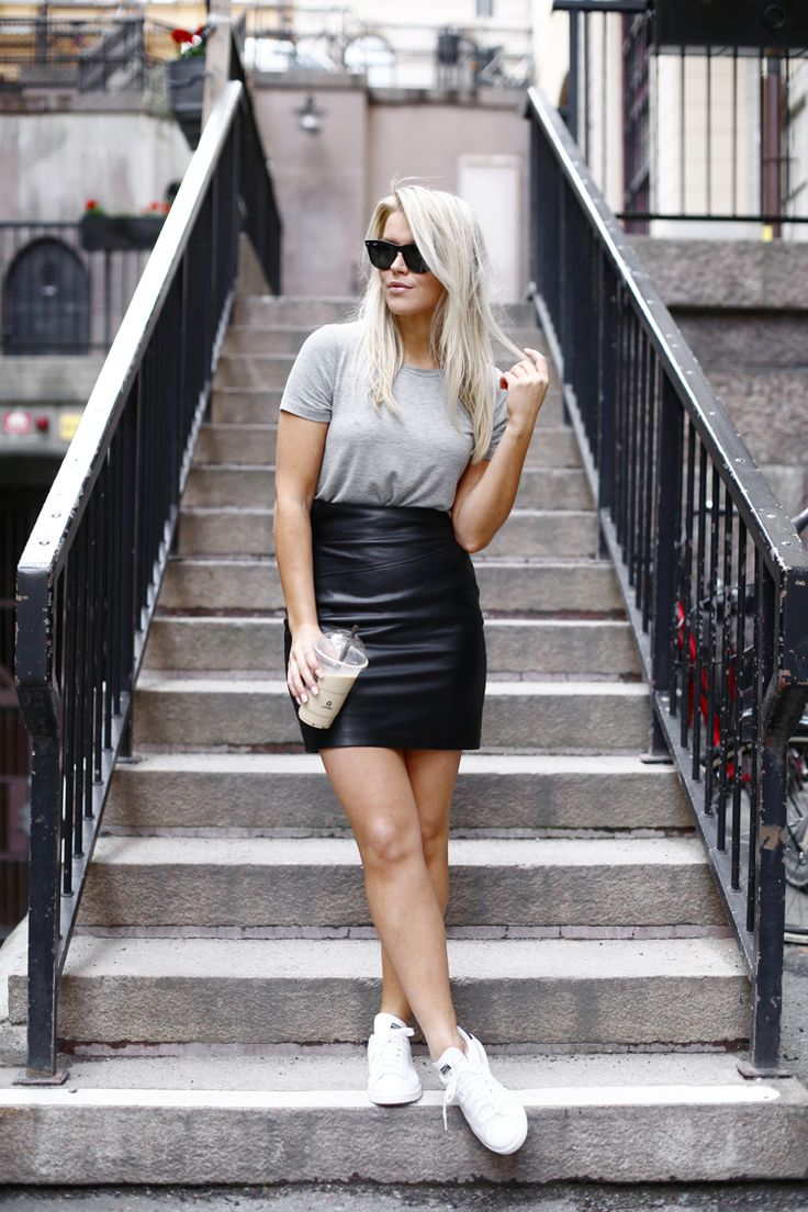 2015 t-shirt / Bik Bok *  skirt / NLY TREND *   shoes / Adidas