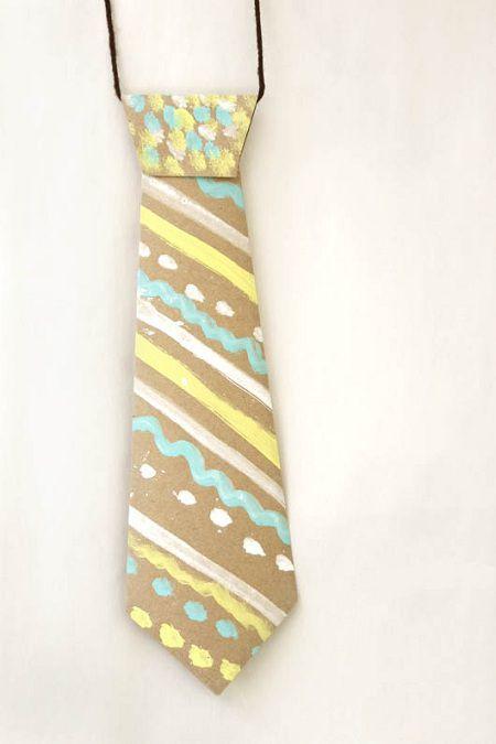 Corbata de papel para hacer con los niños para el dia del padre