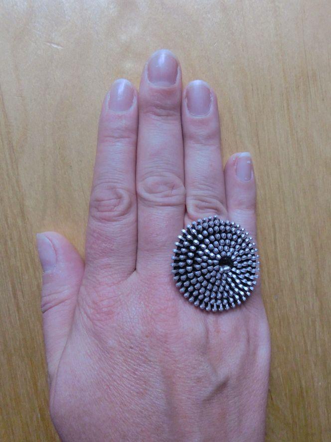 Hand_mit_Ring