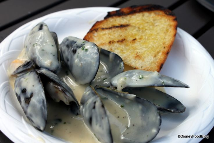 2012 Epcot Food and Wine Festival Belgian mussels with garlic and cream