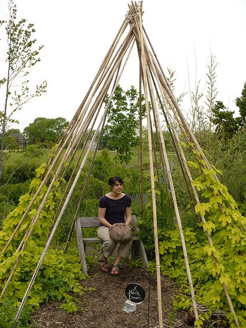 Another hops Tee Pee