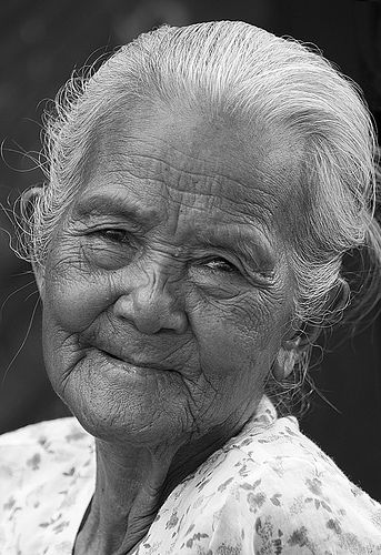 ...beautiful: Kind Faces, Precious Faces, Old Lady, Grace Age, Elder Lady, Beautiful Faces, Sweetest Smile, Age Grace, Happy Life