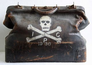 """Vintage Doctor's bag: """"Dr. Death Delmas E. Hiatt 1908 - 1979 Studied at the Indianapolis Collage Of Pharmacy Freshman class of 1928"""""""
