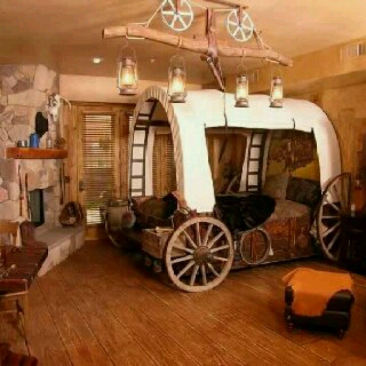 I would love this western themed room love the wagon bed for Cowboy themed bedroom ideas