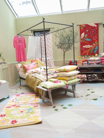 Gudrun's store, 50 Green Street, New York, USA beautiful interior bedroom