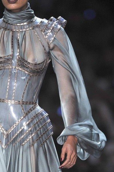 Jean Paul Gaultier at Couture Fall 2009 (Details) #jeans – Elaine Valerie