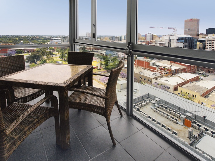 iStay Precinct - 2 bed sky view #1602 balcony